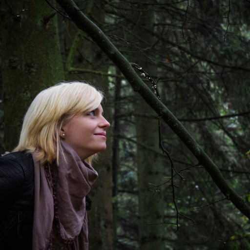 Cecilie in the Forest 002