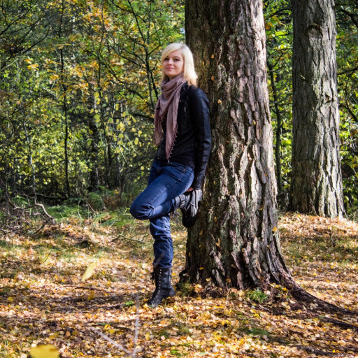 Cecilie in the Forest 003