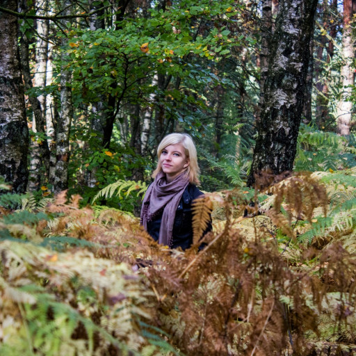Cecilie in the Forest 006