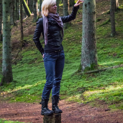 Cecilie in the Forest 013