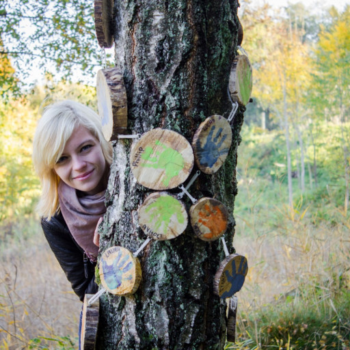 Cecilie in the Forest 029